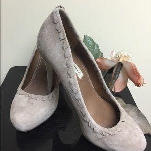 Zara suede beige/tan platform heels rounded toe